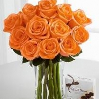 Orange Rose Bouquet with 200 g ritter sports
